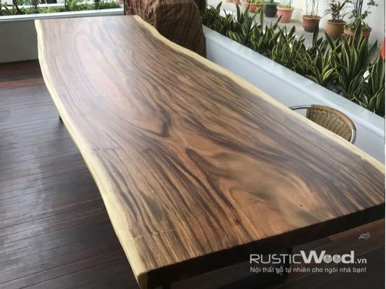 Bàn ăn biệt thự gỗ tự nhiên 300x90x7cm