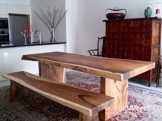 Bàn ăn gỗ nguyên khối 240x100x10cm